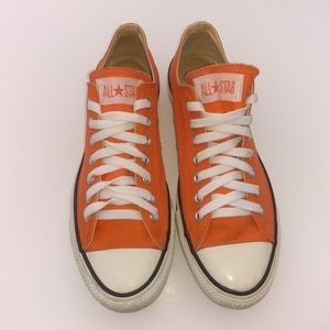 CONVERSE ALL STAR LOW TOP SHOES